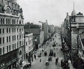 Kingsway in London, WC2 was home to the British Woolworth company from 1913 to 1931